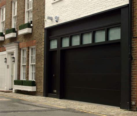 Painting Garage Door Black by Painting Garage Door Black Wageuzi