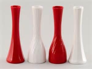 9 quot line plastic bud vase