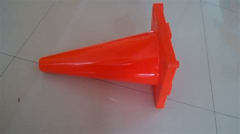 wholesale all size reflective traffic cone road safety