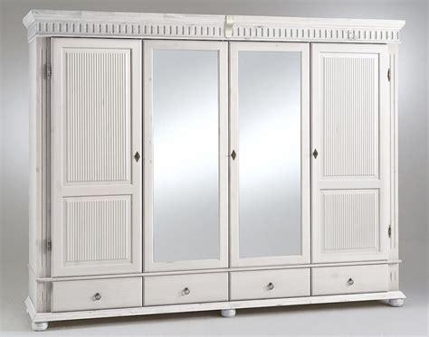kleiderschrank hochglanz weiß mit spiegel kleiderschrank wei 223 schiebet 252 ren spiegel daredevz