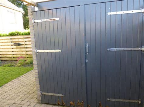 schuur deur dubbele houten schuurdeur werkspot
