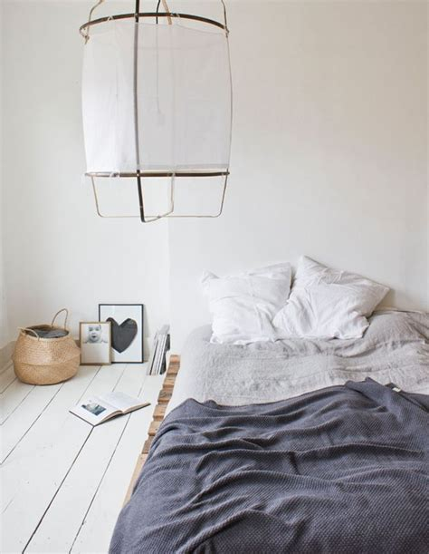 The Floor Beds by 25 Best Ideas About Bed On Floor On Floor