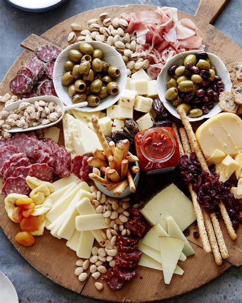 appetizer meat  cheese board nest  posies