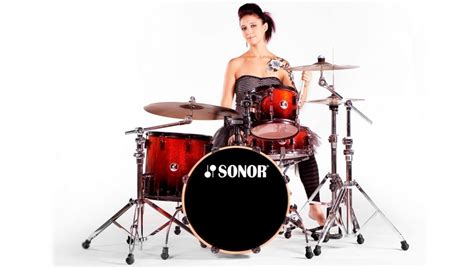 hot chick playing drums top 5 female drummers on youtube very nice industries