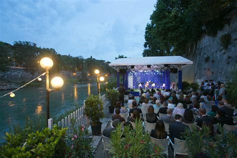 libreria la sorgente roma grandi applausi al concerto della quot classica sul tevere