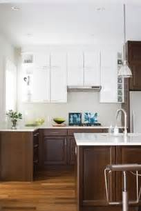 Different Colored Kitchen Cabinets 1000 Images About White Uppers Dark Wood Lowers On