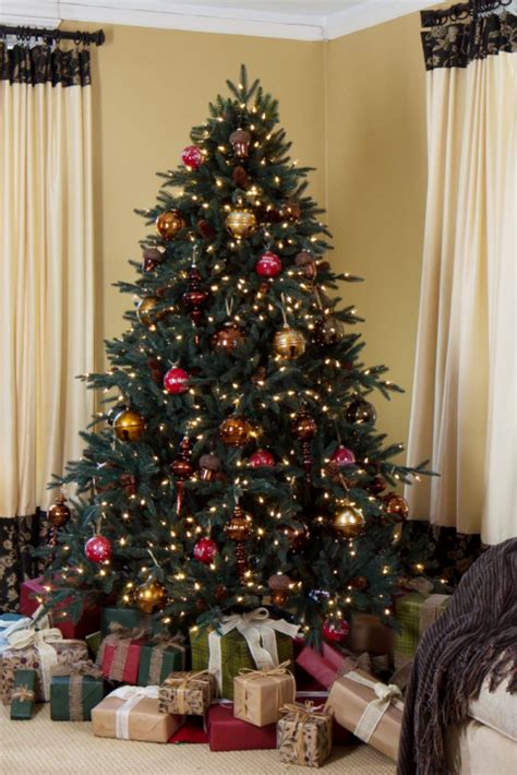 ideas about fake christmas trees that look real cheap