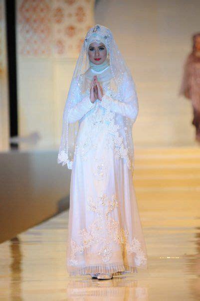 Bros Baju Kerajaan Yogyakarta Tanpa Berlian 16 inspirasi gaun pernikahan putih berhijab tertutup dan