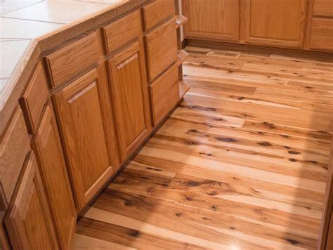 Antique & Reclaimed Hickory Hardwood Flooring   Ward