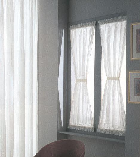 tenda a vetro ikea tende a vetro in tessuto maglitto tendaggi