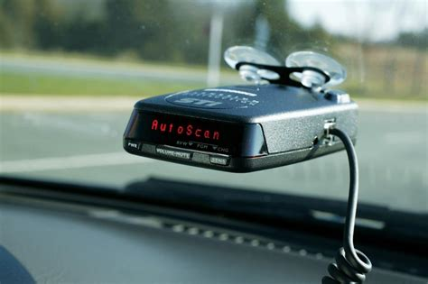 car radar detector reviews 5 best selling radar detectors with reviews 2017