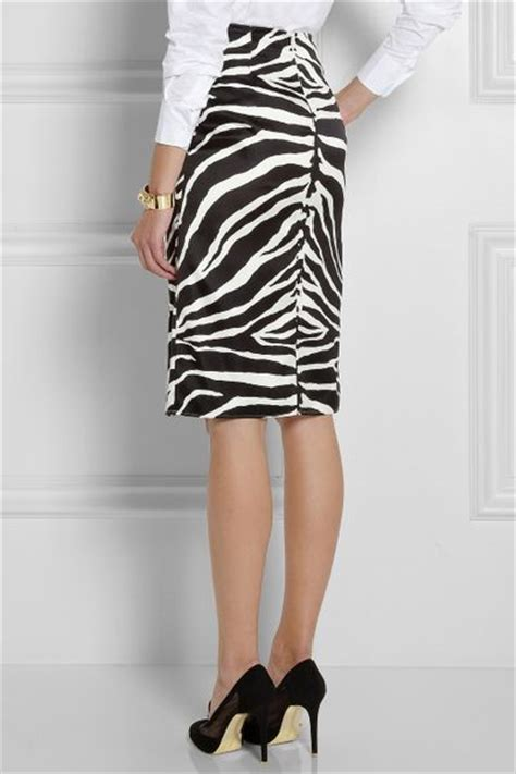 carven zebra print silk blend pencil skirt in black
