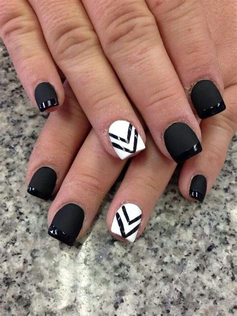 black and white pattern nails wedding nail designs black and white nail art 2051116