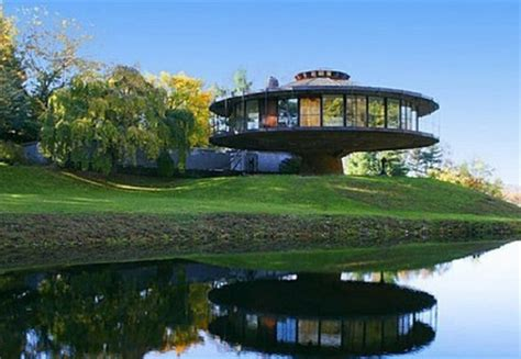 coolhomes com 10 unique one of a kind homes very cool