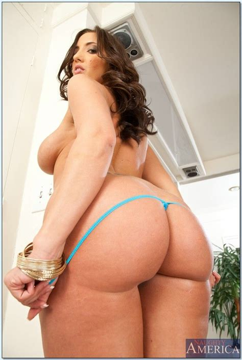 Kelly Divine Ass Masterpiece