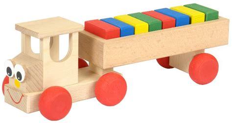 imagenes de juguetes de madera imagenes