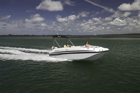 hurricane boats apparel ss 188 ob sundeck sport hurricane deck boats
