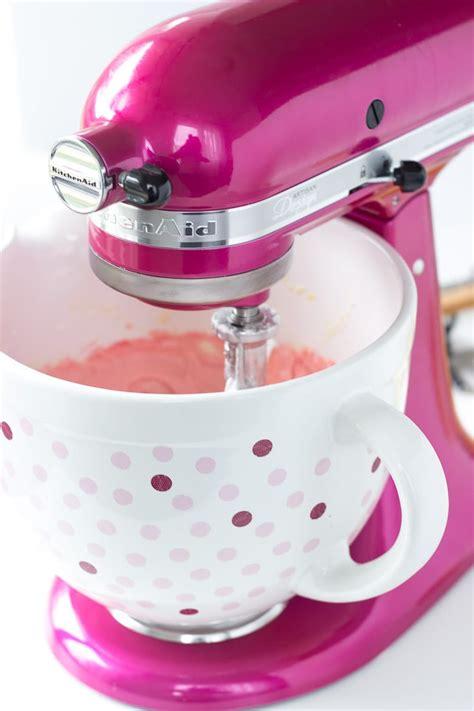 Kitchenaid Mixer Raspberry pink lemonade cupcakes