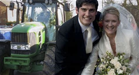 alastair cook wedding to alice hunt england cricket star sports update alastair cook england cricket star weds