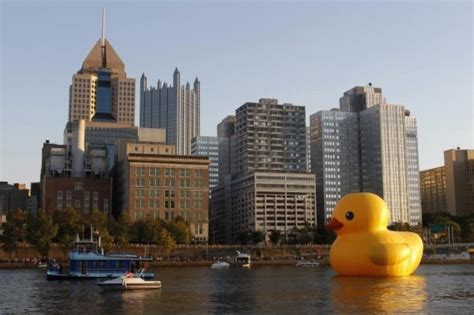 Rubber Duck Pittsburgh Location by 10 Immense Inflatables Listverse