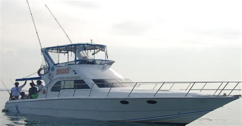 luxury deep sea fishing boat the gallery for gt inside luxury tour bus