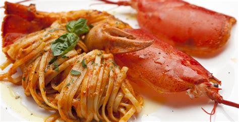 come si cucina l astice con le linguine lo sfizio di maurizio linguine astice e chagne