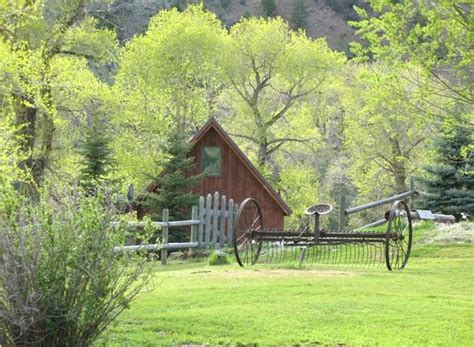 Montana Cabin Rental by Cabin The River Only 10 Min To Yellowstone Sits On Banks