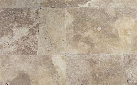 Terrassenplatten Günstig Kaufen by Travertin Terrassenplatten Noce Getrommelt Steinlese
