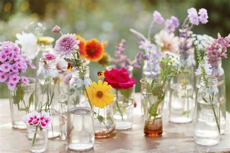 fiori per decorare decorare casa primavera