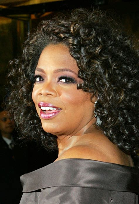 biography of oprah winfrey oprah winfrey biography birth date birth place and pictures