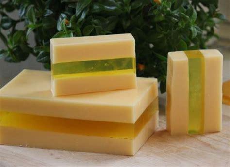 Sabun Gliserin mengapa sabun batangan buruk untuk kesehatan kulit anda