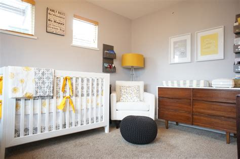 chambre bébé unisex designing a nursery that will grow up with your baby
