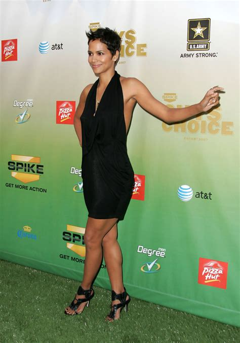 Electra Dances For Spike Tvs Guys Choice Awards by Halle Berry Photos Photos Spike Tv S 2009 Quot Guys Choice
