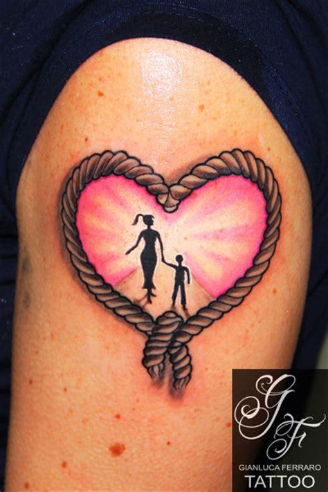 tattoo old school famiglia tattoo heart by gianluca ferraro tattoo