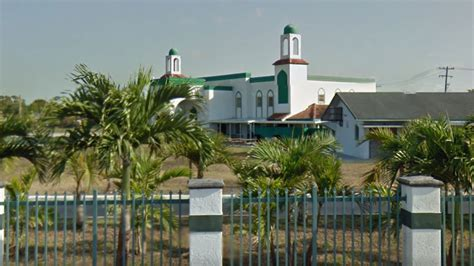 Miami Gardens Masjid by Feds Accuse Security Guard Of Threatening Islamic Center Of