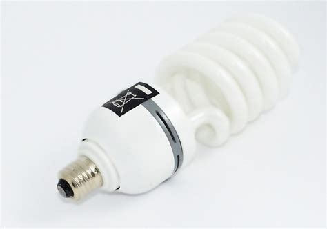 Disposing Of Led Light Bulbs How To Correctly Dispose Fluorescent Light Bulbs And Ledwatcher