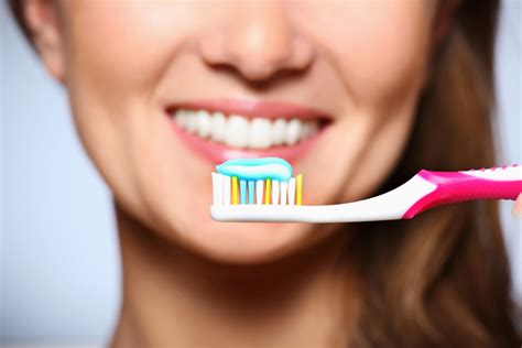 how to brush teeth when s the best time to brush my teeth