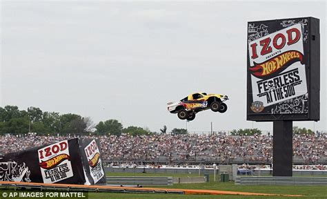 Team Wheels Truck Jump Wheels Stunt Driver Breaks World Record R To R
