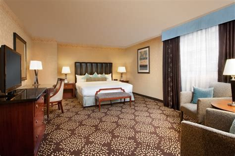 circus circus las vegas rooms experience the luxury of our large king room in the casino tower the big top