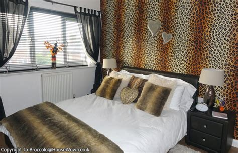 animal print wallpaper for bedroom teenagers leopard skin bedroom makeover gallery 5