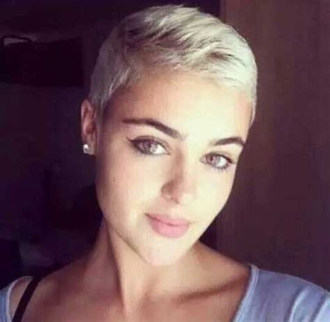 how to style super short blond hair 30 beautiful super short pixie haircuts