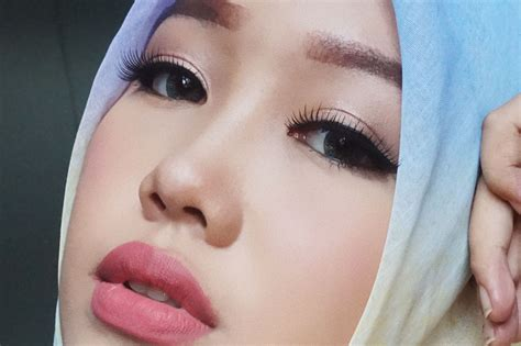 tutorial makeup natural siang hari beauty blogger indonesia by lee via han too faced