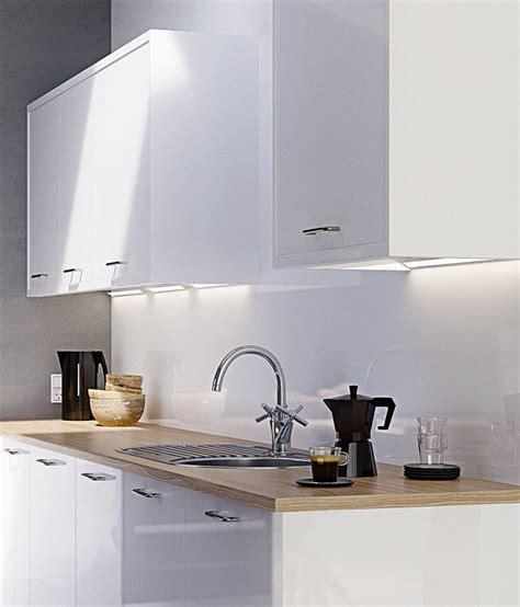 Strata Gloss White   High Gloss   Kitchens   Magnet Trade