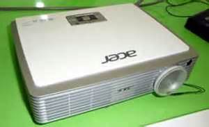 Proyektor Acer K330 acer introduces k330 personal projector pma research