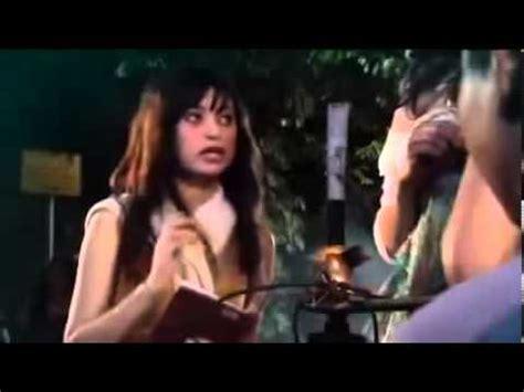 adegan panas film layar lebar indonesia adegan panas nikita mirzani film hantu taman lawang youtube