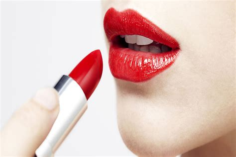 top 28 how to remove lipstick from clothes how to remove a lipstick stain from your clothes