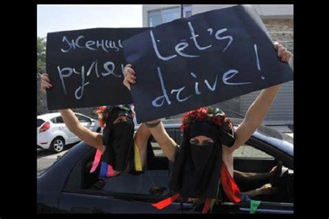 foto donne al volante foto2 donne al volante divieto arabia