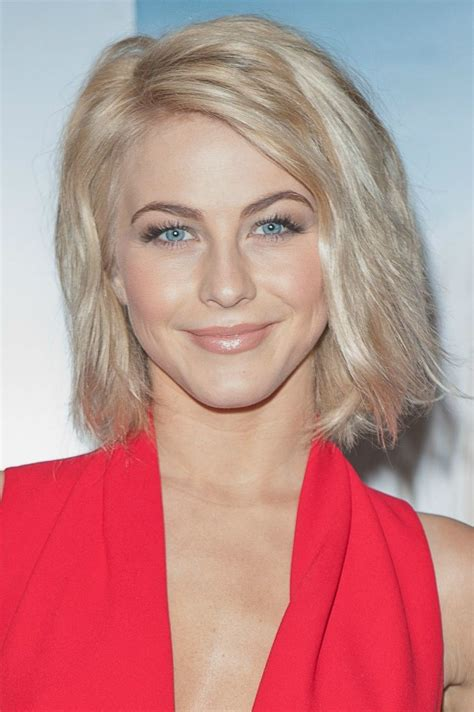 julianne hough short hairstyle blonde roots on tousled 31 gorgeous photos of julianne hough s hair mom fabulous