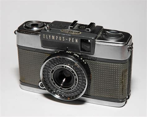 olympus frame olympus pen half the frame the