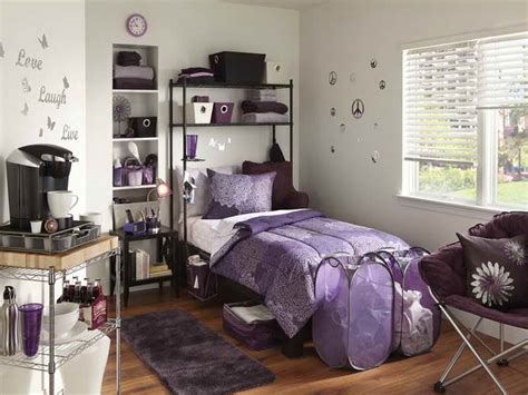 College Bedroom Decor by Indoor Room Decorations With Purple Color